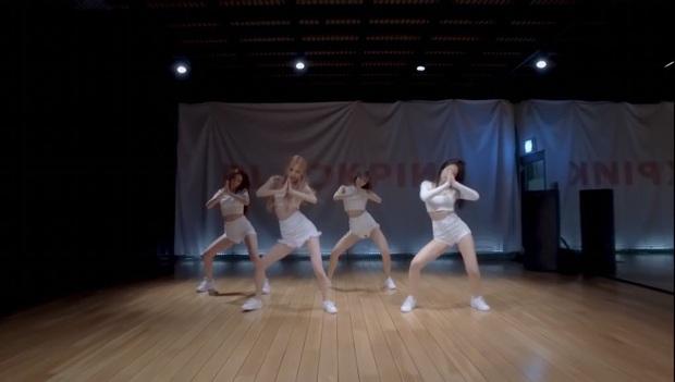 BLACKPINK tung video vũ đạo của How You Like That chuẩn vừa đen vừa hồng, ơn giời không còn tập trong phòng thiếu sáng nữa rồi! - Ảnh 10.
