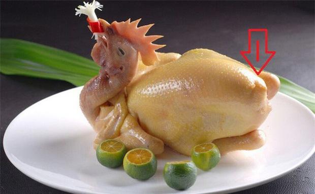 Chuyên gia cảnh báo: 3 bộ phận trên con gà dù thích đến đâu bạn cũng không nên ăn - Ảnh 2.