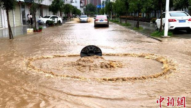 Gần 50 triệu người ở Trung Quốc bị ảnh hưởng bởi thiên tai - Ảnh 1.