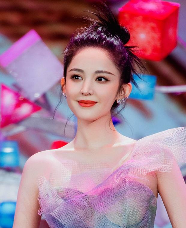 Tranh cãi top 5 mỹ nhân 9X đẹp nhất Cbiz: Dương Tử xếp cuối cùng, Địch Lệ Nhiệt Ba hoá ra vẫn thua 2 tình cũ Trương Hàn - Ảnh 9.