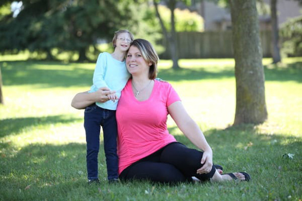 Cô bé tí hon sinh ra nằm lọt thỏm trong lòng bàn tay, bị chẩn đoán chỉ sống vài ngày nhưng 12 năm sau lại khiến thế giới kinh ngạc - Ảnh 5.