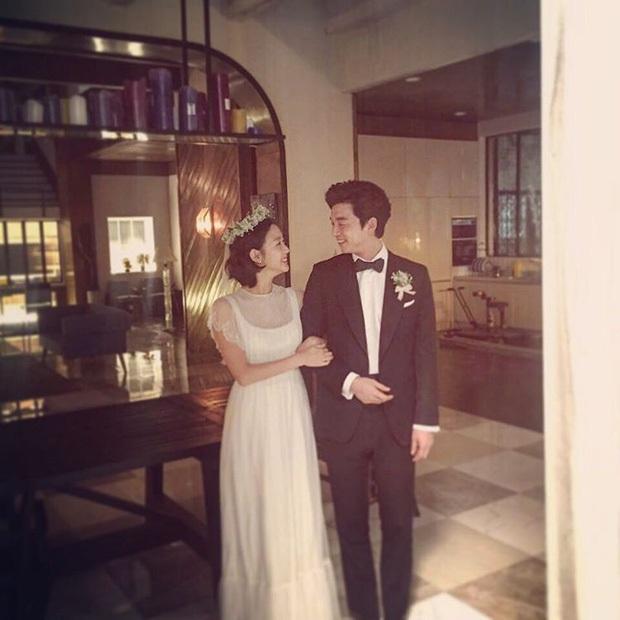Tình sử Lee Min Ho - Kim Go Eun trước khi bén duyên: Nàng chỉ thích các chú, nhìn dàn tình cũ quyền lực của chàng mà choáng - Ảnh 24.