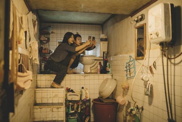 Hoa hậu Hàn Quốc U45 chia sẻ về quá khứ nghèo khó: Không thể trả tiền điện, sống ở ngôi nhà giống như trong Parasite - Ảnh 2.