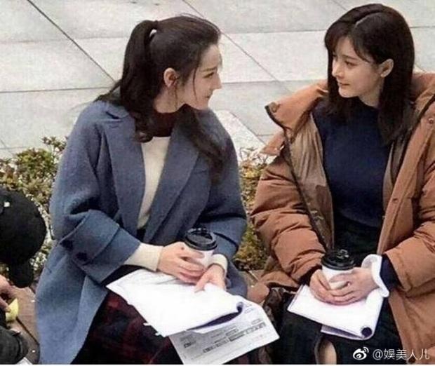 Khi mỹ nhân Cbiz đọ sắc với diễn viên đóng thế: Dương Mịch, Angela Baby cứ như có chị em sinh đôi vậy - Ảnh 14.
