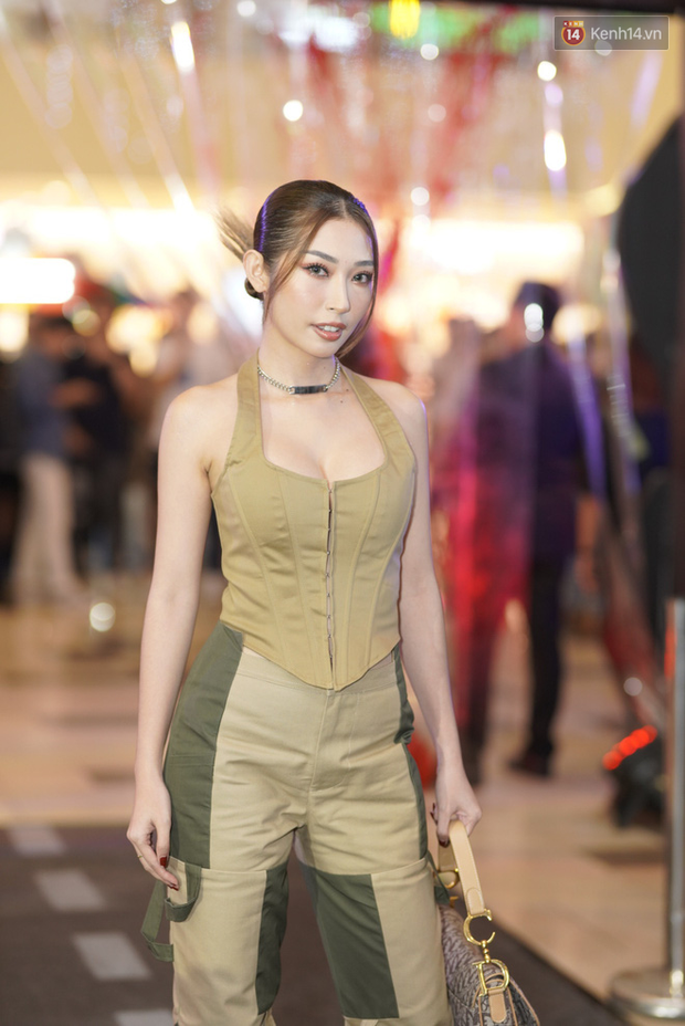 Phương Anh Đào ngó lơ Quang Tuấn, sánh đôi với soái tỉ Ái Phương ở thảm đỏ Bằng Chứng Vô Hình - Ảnh 20.