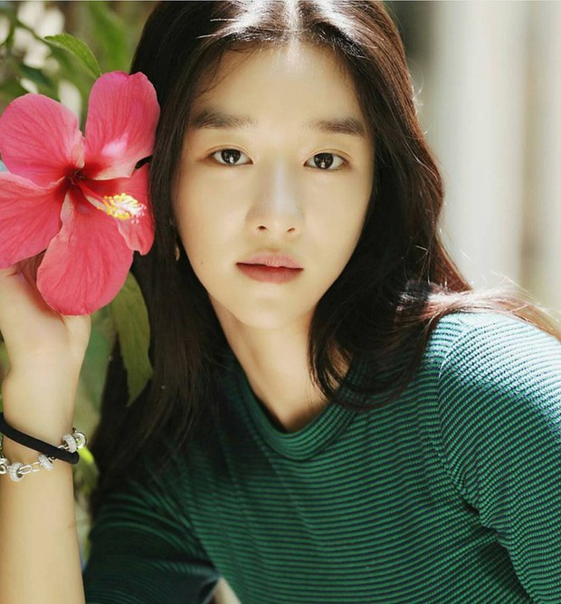 Báu vật Điên thì có sao Seo Ye Ji: Du học sinh nói được 4 thứ tiếng đến nàng thơ của Kim Soo Hyun, hẹn hò cả Yunho (DBSK)? - Ảnh 2.
