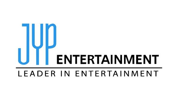 Khổ như fan GOT7: Bao năm đòi công bằng cho idol nhưng không được hồi âm, thuê xe biểu tình thì bị JYP... nhờ công an phường đuổi đi - Ảnh 7.