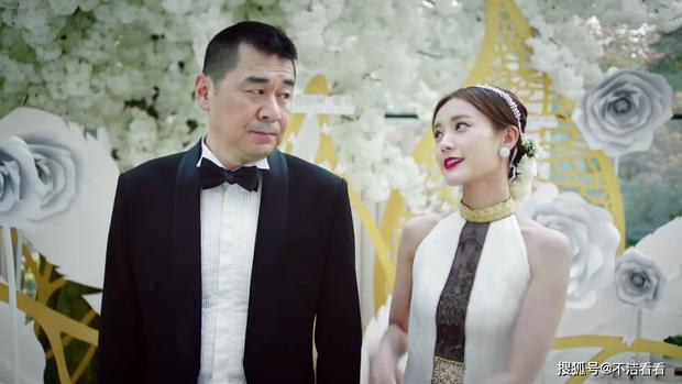 Ngất xỉu trước trend tổng tài ở phim Hoa ngữ 2020: Ông chú CEO U50 có mối tình cực ngọt với thiếu nữ đôi mươi? - Ảnh 4.