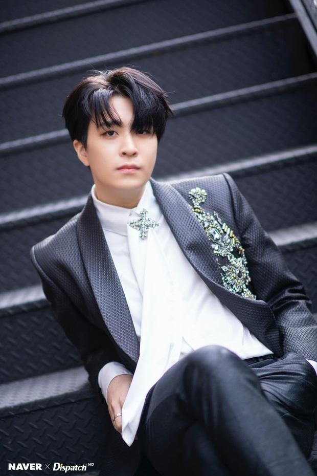 Khổ như fan GOT7: Bao năm đòi công bằng cho idol nhưng không được hồi âm, thuê xe biểu tình thì bị JYP... nhờ công an phường đuổi đi - Ảnh 4.