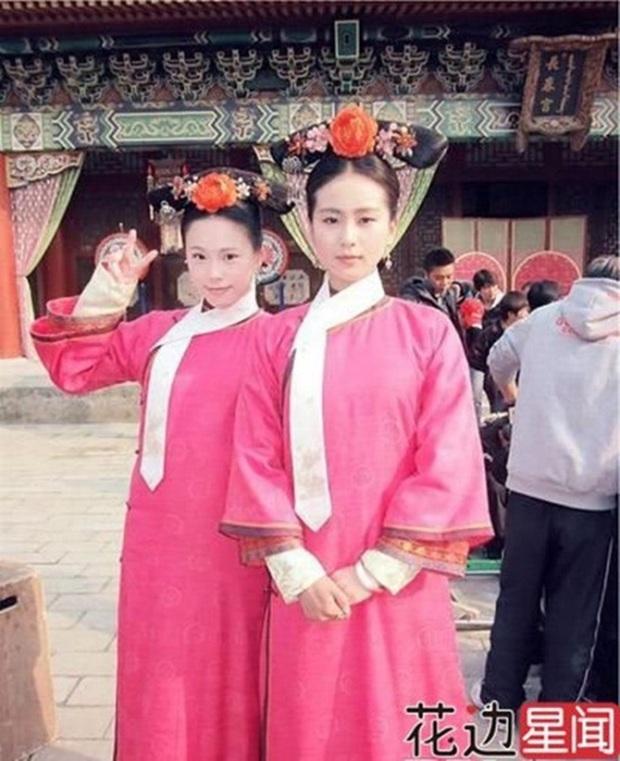 Khi mỹ nhân Cbiz đọ sắc với diễn viên đóng thế: Dương Mịch, Angela Baby cứ như có chị em sinh đôi vậy - Ảnh 16.