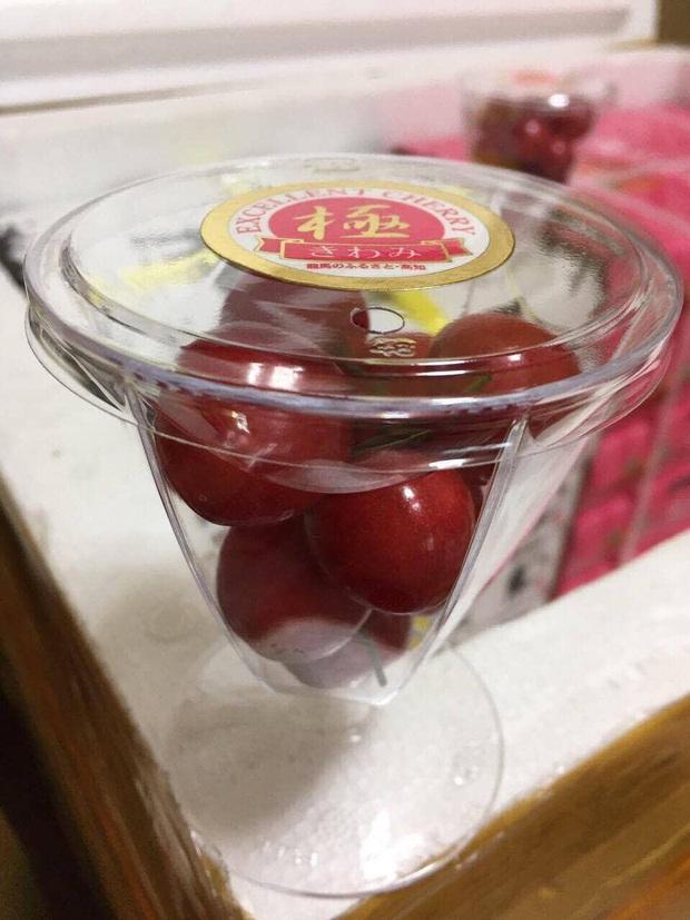 Soán ngôi đầu hoa quả nhập siêu đắt tháng 7: Gọi tên cherry đặc sản của Nhật, về Việt Nam giá chạm nóc 6,6 triệu đồng/kg - Ảnh 2.