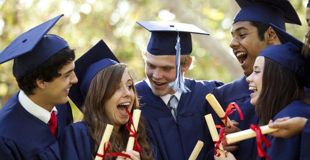 Sinh viên quốc tế tại Mỹ có thể bị trục xuất nếu chỉ học online  - Ảnh 2.