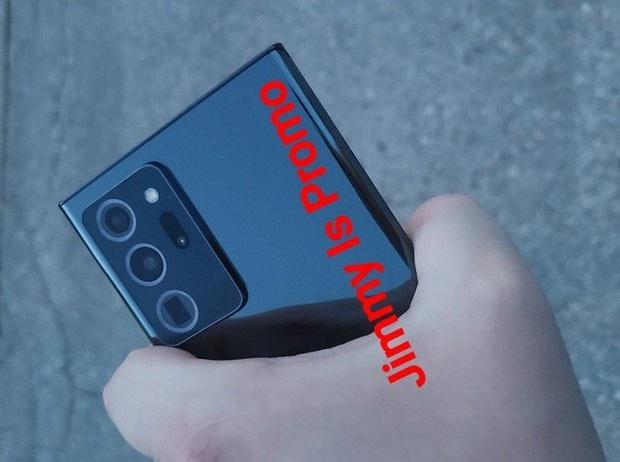 Samsung Galaxy Note 20 Ultra lần đầu tiên lộ ảnh thực tế: Viền bezel mỏng hơn, camera đục lỗ nhỏ hơn, màn hình cong hơn - Ảnh 1.