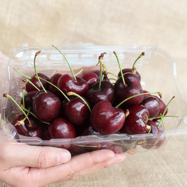 Soán ngôi đầu hoa quả nhập siêu đắt tháng 7: Gọi tên cherry đặc sản của Nhật, về Việt Nam giá chạm nóc 6,6 triệu đồng/kg - Ảnh 3.