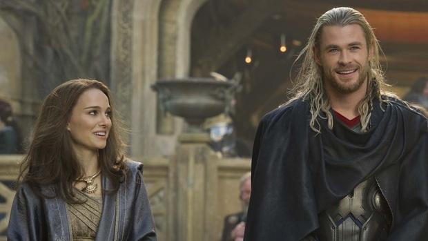 7 vai diễn tệ hại phá hỏng cả phim: Emma Watson và Keanu Reeves cũng có ngày trở thành hố đen vũ trụ - Ảnh 5.