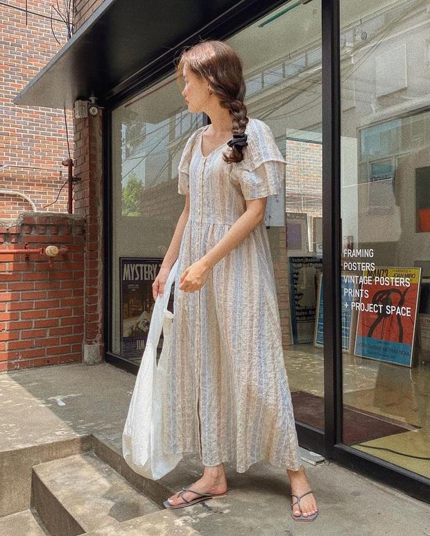 5 outfit xịn mịn, ai mặc cũng đẹp mà hè năm nào các BTV thời trang cũng nhiệt tình áp dụng - Ảnh 9.