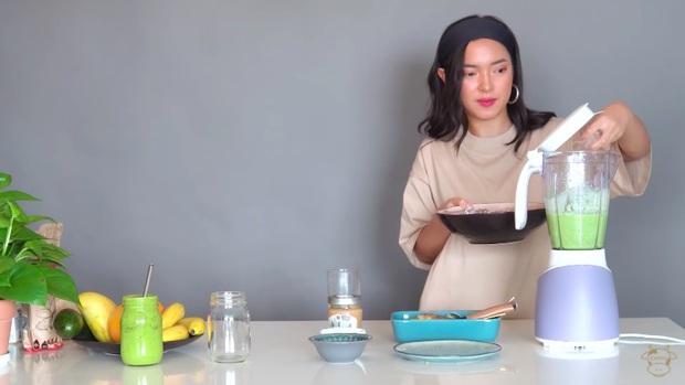 Châu Bùi thị phạm 3 món sinh tố rau xanh thay bữa chính mà vẫn đầy đủ dưỡng chất: Binz mà hẹn hò với Châu Bùi thật thì kiểu gì cũng lây lối sống healthy của cô nàng - Ảnh 16.