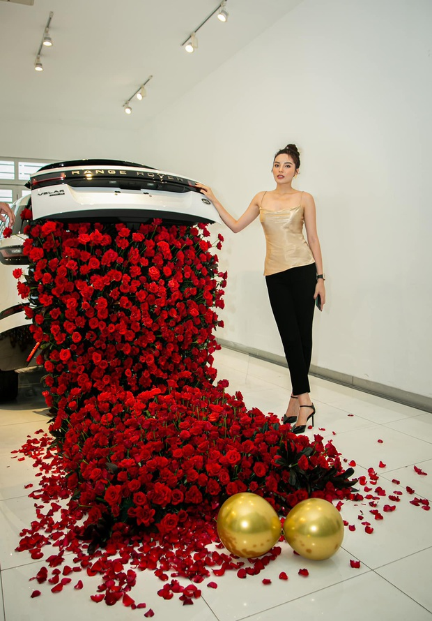 Kỳ Duyên tậu siêu xe hơn 5 tỷ đồng, chứng minh đẳng cấp Hoa hậu đại gia giới showbiz! - Ảnh 4.