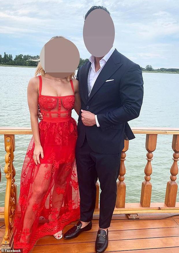 Mặc váy đỏ sexy chiếm hết cả spotlight của cô dâu khi dự đám cưới, nữ khách mời bị cư dân mạng chỉ trích kịch liệt - Ảnh 2.