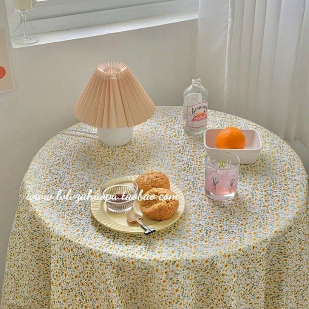 Giờ hội chị em sành điệu toàn dùng khăn trải bàn làm phông nền sống ảo thôi, bạn cũng nên biết để bắt trend kịp thiên hạ - Ảnh 7.