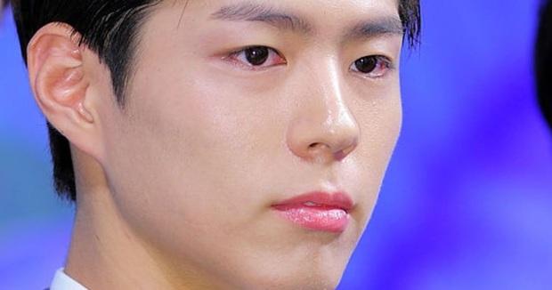 Nhan sắc thật của 7 tài tử Hàn qua ảnh chụp siêu cận chưa PTS: Song Joong Ki - Park Bo Gum da đẹp khó tin, Hyun Bin lại lộ khuyết điểm - Ảnh 4.
