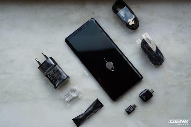 Theo chân Apple, đến lượt Samsung sắp bỏ củ sạc trên smartphone của mình? - Ảnh 2.