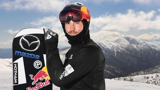 Nhà vô địch trượt tuyết thế giới chết đuối khi đang lặn biển để bắt cá - Ảnh 1.