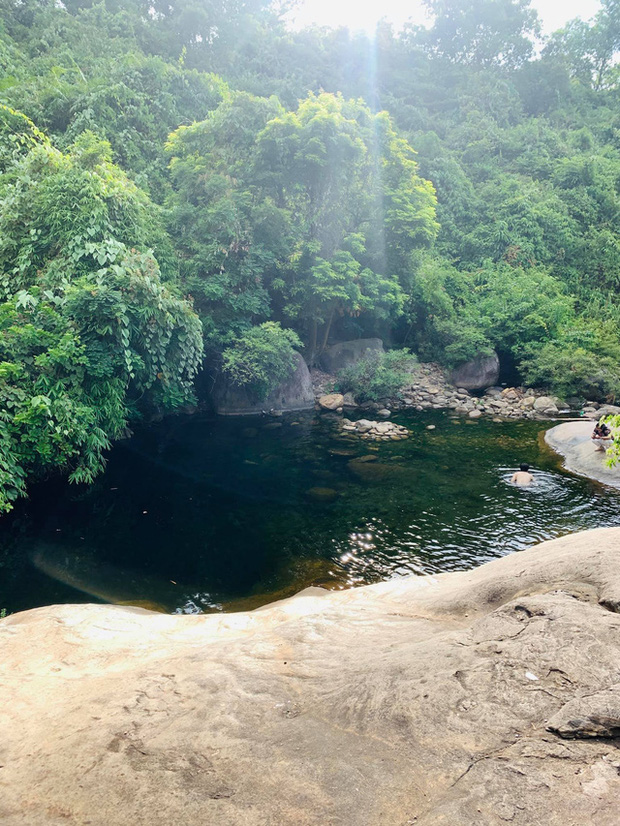 Điểm sáng Cầu Vòm Đồn Cả trong hành trình Huế - Hội An - Đà Nẵng: Thơ mộng như tranh vẽ, tha hồ picnic và tắm suối  - Ảnh 14.