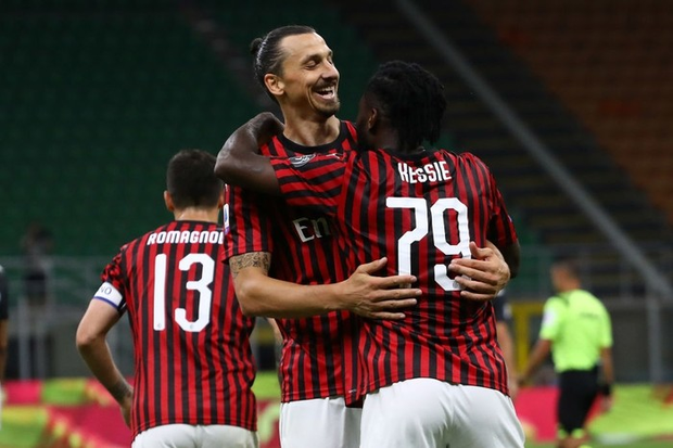 Ronaldo lập công nhưng 3 bàn thua sốc liên tiếp trong 5 phút khiến Juventus nhận thất bại muối mặt - Ảnh 3.