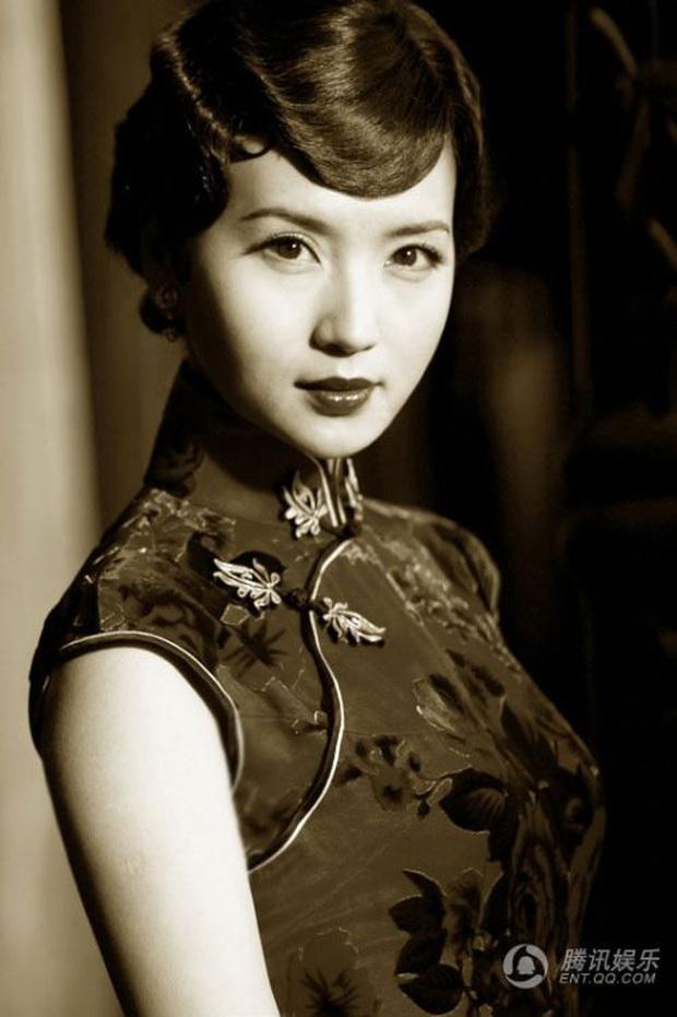 Ngỡ ngàng nhan sắc thời hoàng kim của nàng Điêu Thuyền đẹp nhất màn ảnh Hoa ngữ - Ảnh 3.