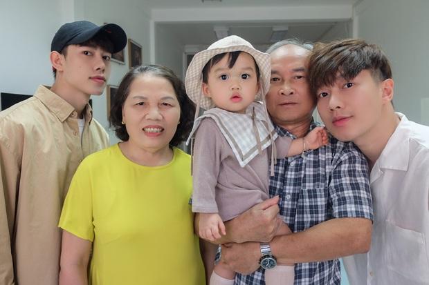 Stylist Lê Minh Ngọc: Bố mẹ chấp nhận đảo lộn cuộc sống khi tôi quyết định nhờ người mang thai hộ để được làm bố - Ảnh 4.