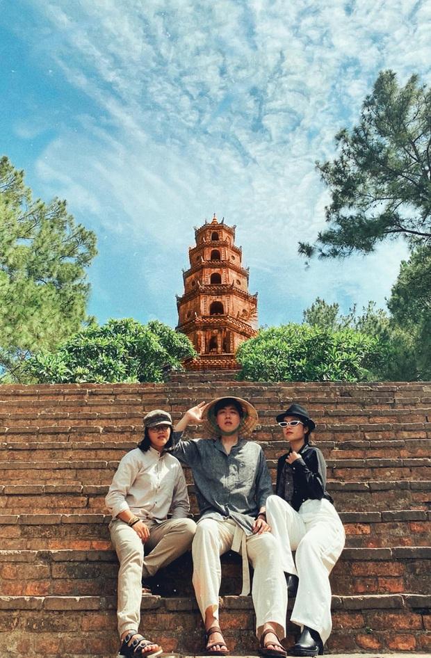 Điểm sáng Cầu Vòm Đồn Cả trong hành trình Huế - Hội An - Đà Nẵng: Thơ mộng như tranh vẽ, tha hồ picnic và tắm suối  - Ảnh 8.