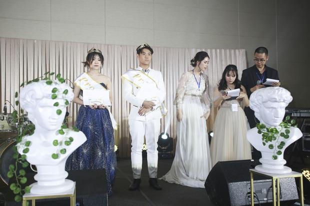 Prom trường quốc tế BVIS Hà Nội: Tổ chức ở khách sạn 5 sao, các chủ nhân bữa tiệc sang chảnh hết nấc - Ảnh 9.