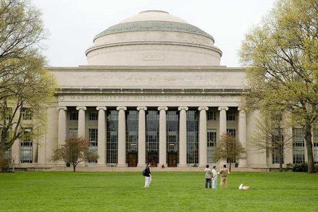 Hàng loạt các trường ĐH lớn ở Mỹ như Harvard, Stanford, MIT, New York... lên tiếng về khả năng sinh viên quốc tế bị trục xuất! - Ảnh 3.