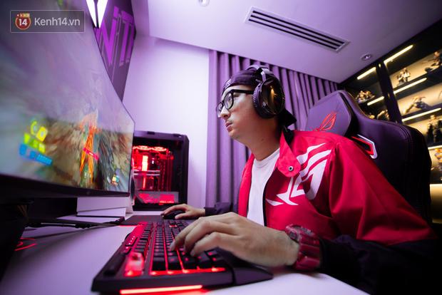 Cận cảnh phòng gaming tại gia trị giá 2 tỷ đồng của đại gia Việt - Ảnh 4.