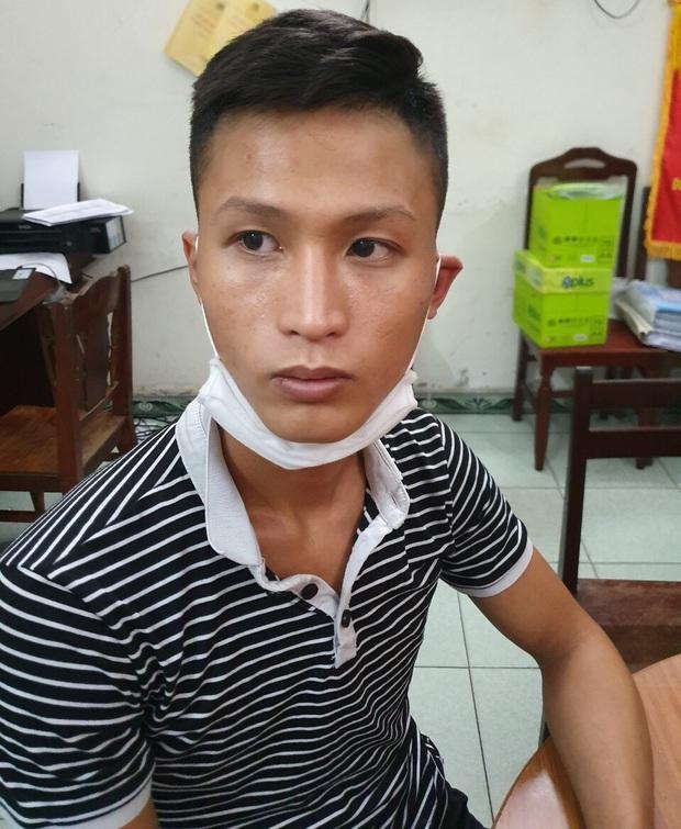 Trung úy công an bị đứt gân chân khi truy bắt đối tượng bán ma túy - Ảnh 1.