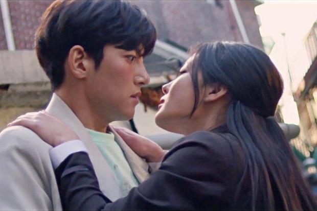"""Nữ chính Jung Saet Byul của Backstreet Rookie: Sự nhập nhằng giữa """"phá vỡ định kiến"""" và """"tiểu tam trá hình"""" - Ảnh 2."""