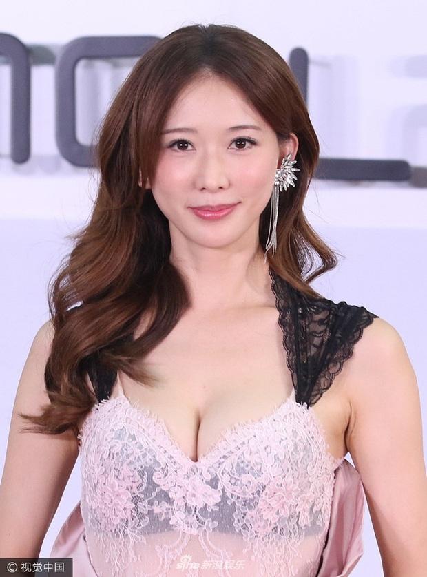 BXH nữ thần xứ Đài 2020: Mỹ nhân đẹp nhất thế giới Tzuyu trượt top 10, thánh hack tuổi Dương Thừa Lâm thua 2 người đẹp - Ảnh 12.