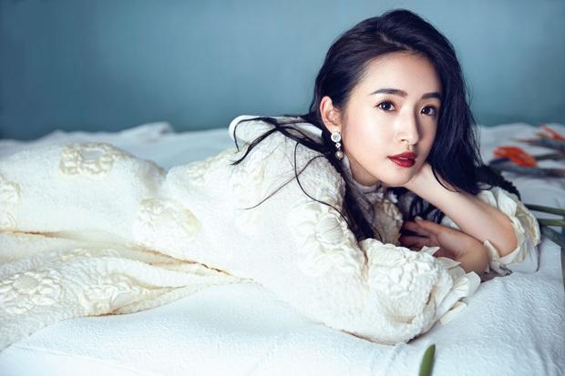BXH nữ thần xứ Đài 2020: Mỹ nhân đẹp nhất thế giới Tzuyu trượt top 10, thánh hack tuổi Dương Thừa Lâm thua 2 người đẹp - Ảnh 7.
