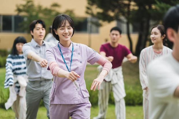 """Nam Joo Ri - cô gái bị ghét nhất Điên Thì Có Sao vì trót """"đánh trúng tim đen"""" mà khán giả hè nhau anti? - Ảnh 12."""