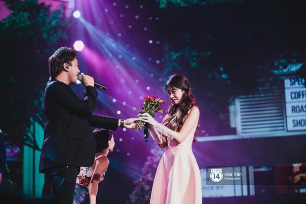 Khi sao Kpop diễn tại Việt Nam: HyunA, iKON, WINNER gây nức lòng fan Việt, Super Junior làm nổ tung sân khấu và còn nhiều hơn thế - Ảnh 11.