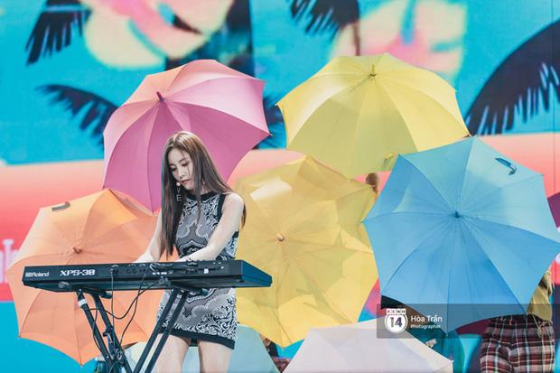Khi sao Kpop diễn tại Việt Nam: HyunA, iKON, WINNER gây nức lòng fan Việt, Super Junior làm nổ tung sân khấu và còn nhiều hơn thế - Ảnh 22.