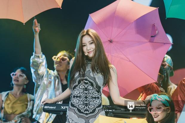Khi sao Kpop diễn tại Việt Nam: HyunA, iKON, WINNER gây nức lòng fan Việt, Super Junior làm nổ tung sân khấu và còn nhiều hơn thế - Ảnh 20.