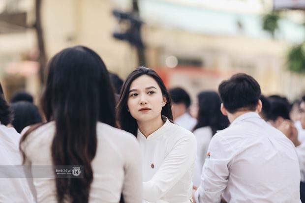 Dàn cực phẩm trai xinh gái đẹp Việt Đức (Hà Nội) nổi bần bật, chiếm spotlight ngày bế giảng - Ảnh 14.