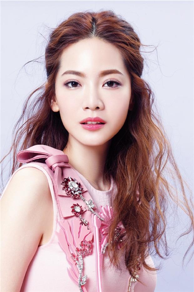 BXH nữ thần xứ Đài 2020: Mỹ nhân đẹp nhất thế giới Tzuyu trượt top 10, thánh hack tuổi Dương Thừa Lâm thua 2 người đẹp - Ảnh 10.