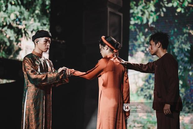 Sao Việt tạo dấu ấn trong show Việt - Hàn: Hương Giang tái hiện cách xử người thứ ba, Erik hôn Hoa hậu Tiểu Vy và còn nhiều hơn thế - Ảnh 22.