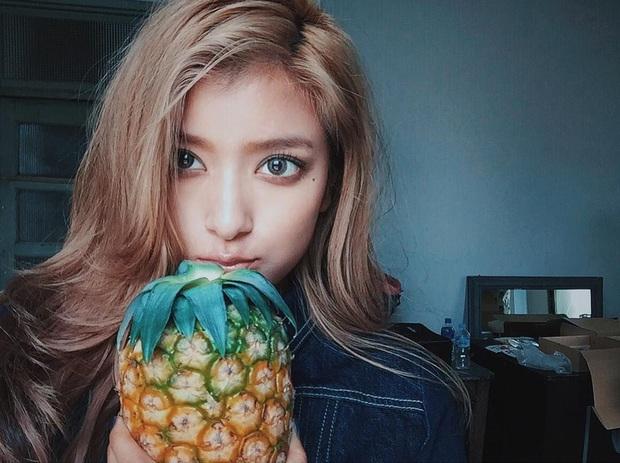 Ăn nhiều trái cây vào mùa hè rất tốt cho sức khỏe nhưng có 6 loại cần đặc biệt chú ý khi ăn, lỡ ăn nhiều có thể bị đau họng, đầy hơi, mọc mụn, dị ứng - Ảnh 3.