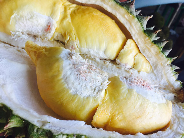 Ăn nhiều trái cây vào mùa hè rất tốt cho sức khỏe nhưng có 6 loại cần đặc biệt chú ý khi ăn, lỡ ăn nhiều có thể bị đau họng, đầy hơi, mọc mụn, dị ứng - Ảnh 4.