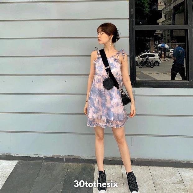 Để ăn mặc sành điệu nguyên hè, bạn nhất định nên sắm đủ 6 kiểu váy dễ mặc mà tôn dáng sau đây - Ảnh 4.