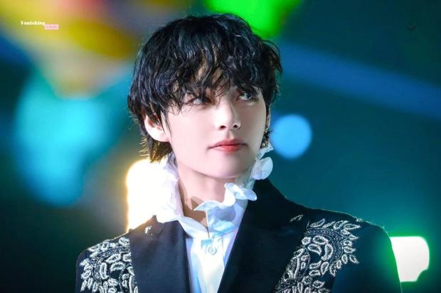 Đẳng cấp nam idol đẹp trai nhất thế giới V (BTS): Đóng quảng cáo sương sương rồi tậu nóng xế hộp 1,6 tỷ vì... thích thì nhích thôi! - Ảnh 5.